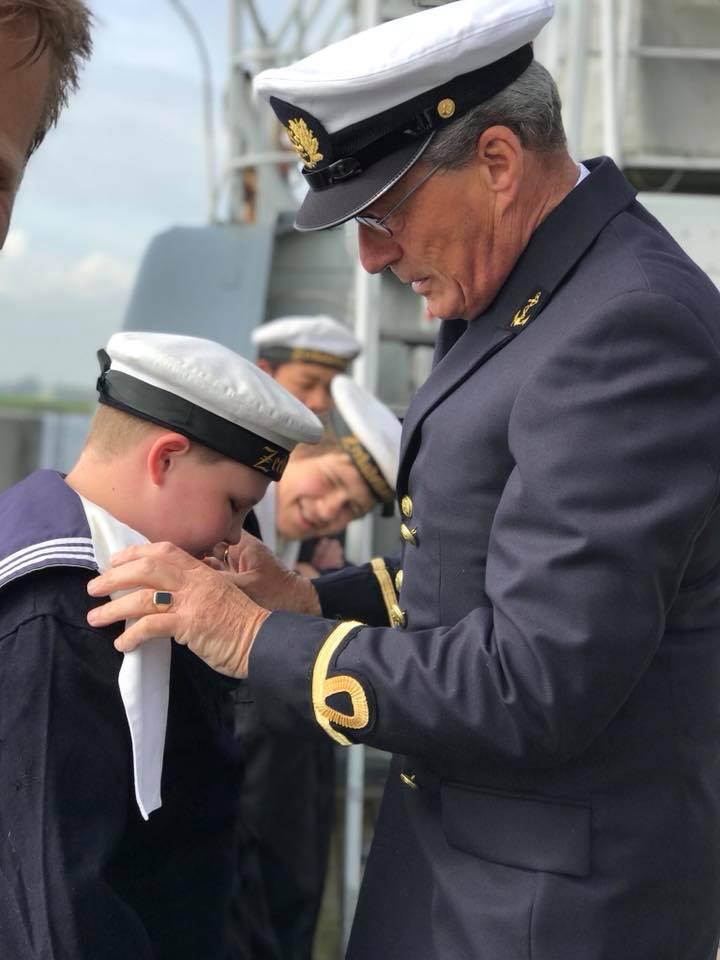 Officier uniform inspectie