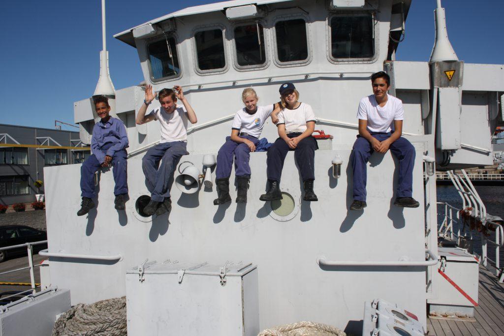 Zeekadetten aan boord van het schip